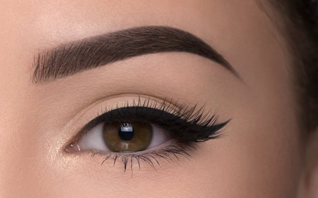 Eyes and Brows Lashes Hornchurch Essex